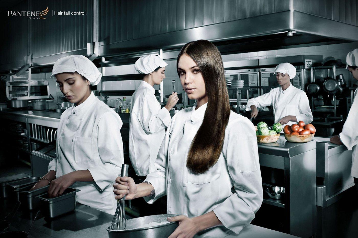 Профессиональные фотографии девушка на кухне 2 фотография