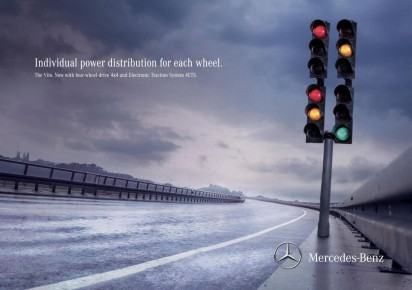 mercedes benz transporter traffic light large 47588